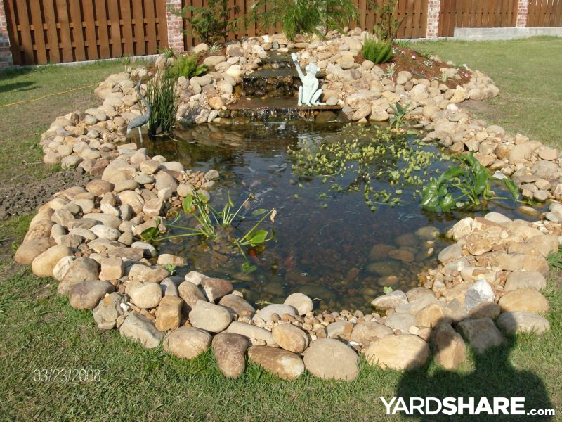 Landscaping ideas ron eydie britnee 39 s garden pond for Rock ponds designs