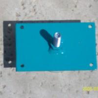 Photo Thumbnail #21: Holes to screw feet to HB