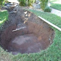 Photo Thumbnail #14: After 1 day of digging, it's form is determined.