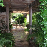 Photo Thumbnail #5: Front Patio