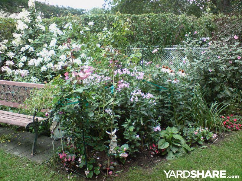 Landscaping ideas my canadian garden for Garden design ideas canada