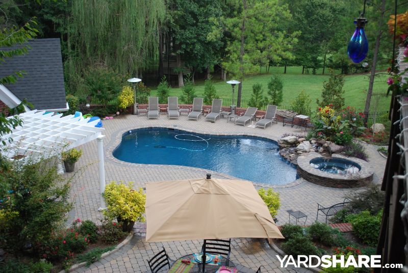 Landscaping ideas pool area for Landscape design for pool areas