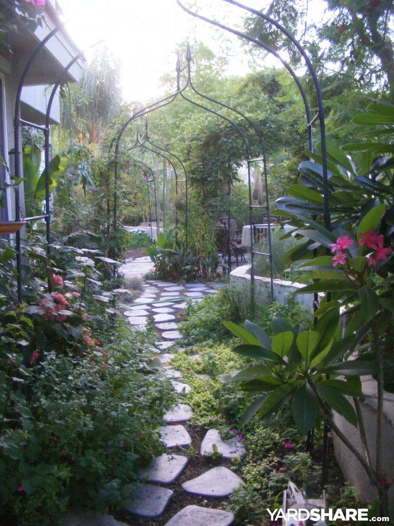 landscaping ideas big backyard