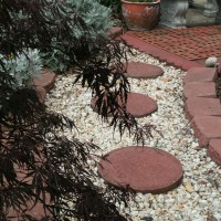 Photo Thumbnail #3: Closeup of paver walkway
