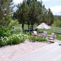 Photo Thumbnail #3: Large deck overlooking lower patio