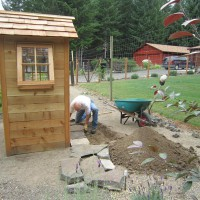 Photo Thumbnail #18: Von is starting work on a stone entry pad.