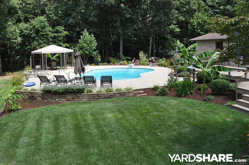 Landscaping ideas my backyard paradise for Outdoor pool landscaping ideas