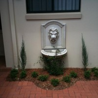 Photo Thumbnail #2: Lion water feature