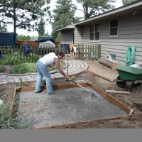 Photo Thumbnail #3: Lay gravel and level.