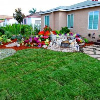 Photo Thumbnail #26: Grass surrounds this garden paradise