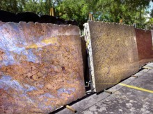 Granite Slabs for your Outdoor Kitchen