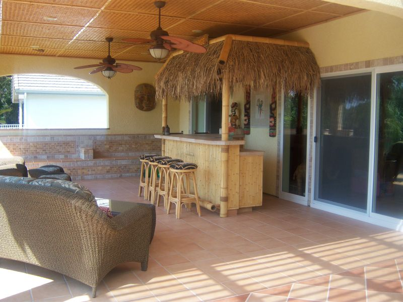 Tiki Bar