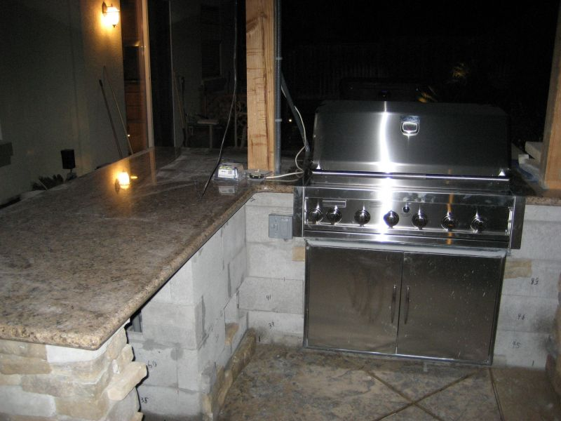 Granite Countertop on Outdoor Kitchen