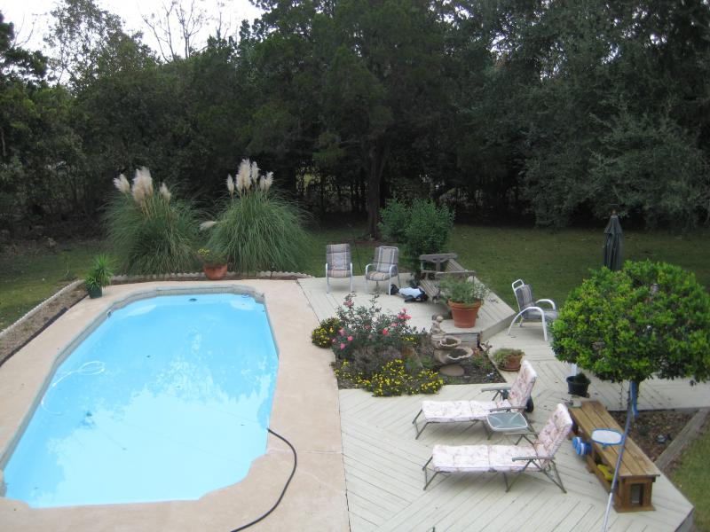 Yard Landscaping Pictures & Ideas: Becky\'s Wild Texas Pool