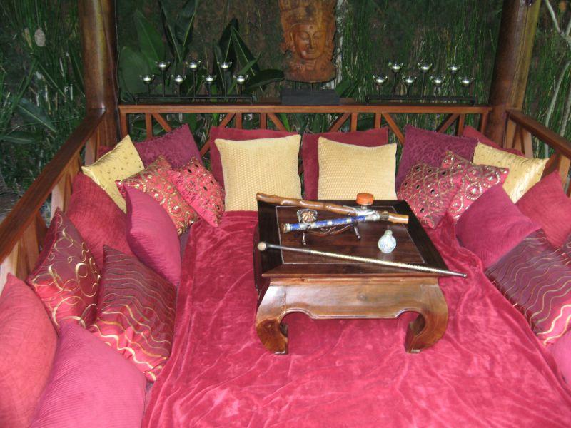 Tiki Lounge Area