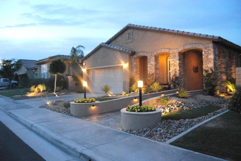 Exceptionnel Landscaping Ideas For Front Yard And Lighting