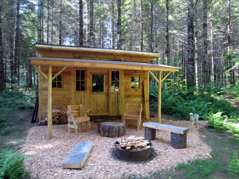 Hideaway Retreat Outbuilding