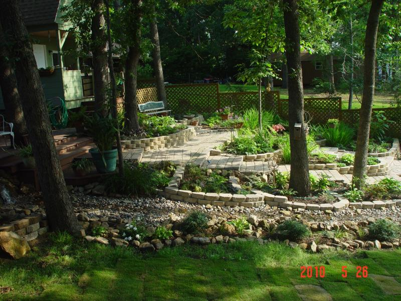 Garden Landscaping Pictures & Ideas: Lucky on the lake