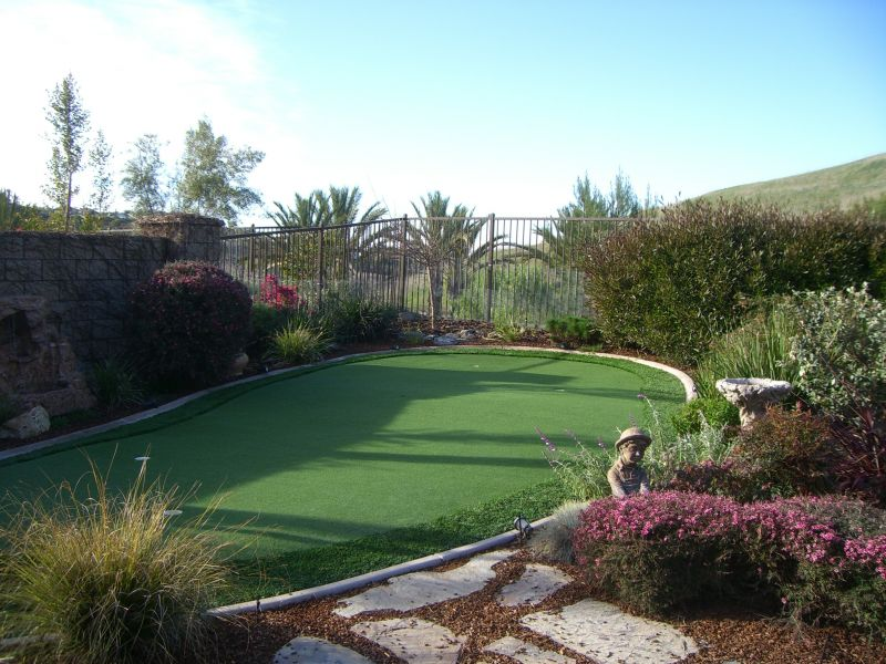 Putting Green In Backyard