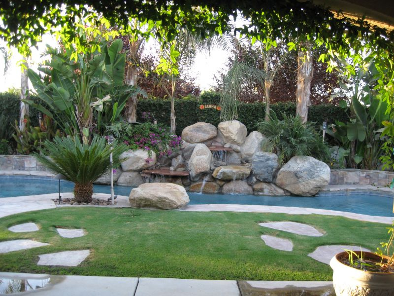 Fabulous Small Backyard Pool Landscaping Ideas 800 x 600 · 130 kB · jpeg