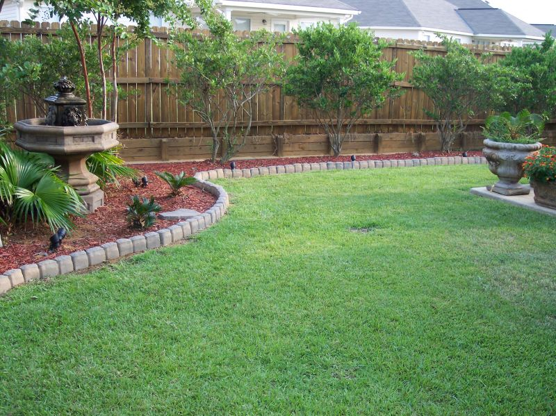 Landscaping ideas for square backyard pdf for Corner house garden designs