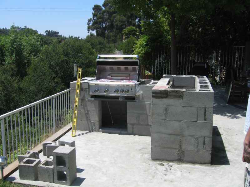 Outdoor Kitchen Construction using cinderblock