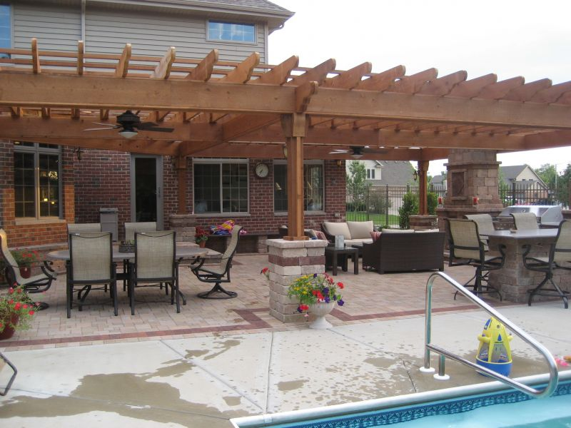 Column supports for pergola