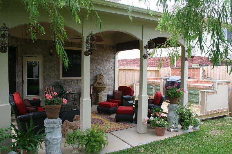 Patio with planters