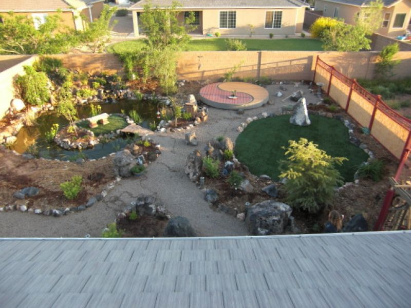 Everything zen a look at japanese zen gardens yard for Garden pool zen area